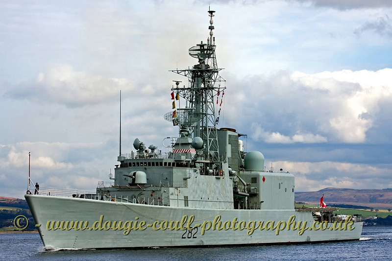 HMCS Athabaskan Canadian DDH282 Destroyer