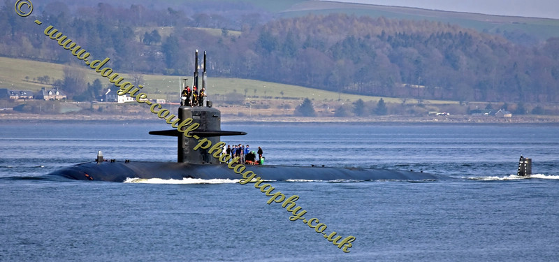 USS Pittsburg SSN720 Nuclear Submarine - Arrives at Faslane Naval Base