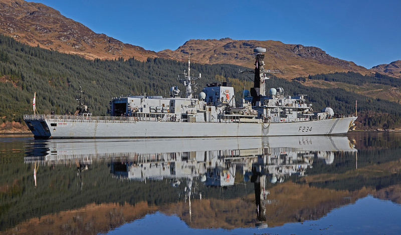 HMS Iron Duke (F234) off Glen Mallan - 21 April 2016
