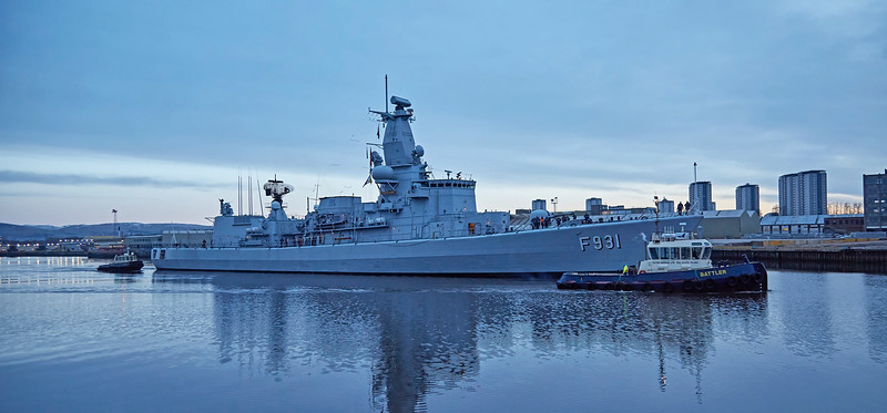 BNS Louise-Marie (F931) passing Braehead in Early Morning Light - 22 March 2017
