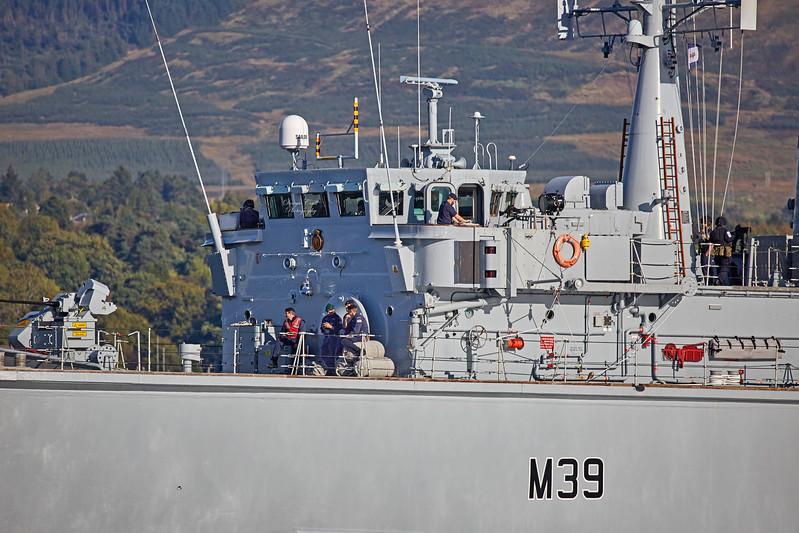 HMS Hurworth (M39) off Rhu Spit - 21 September 2017