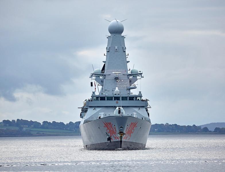 HMS Dragon (D35) off Roseneath - 9 October 2017