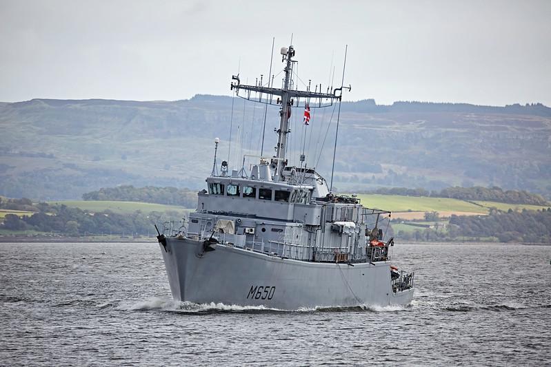 FS Sagittaire (M650) off Greenock - 3 October 2017