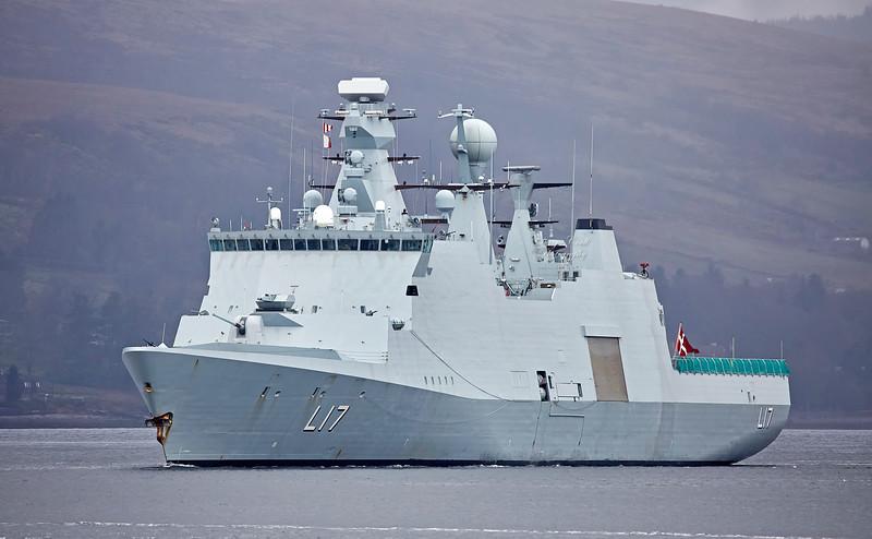 HDMS Esbern Snare(L17) at Rhu - 22 April 2018