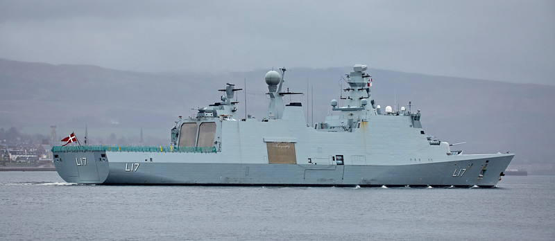 HDMS Esbern Snare(L17) at Rhu - 22 April 2018