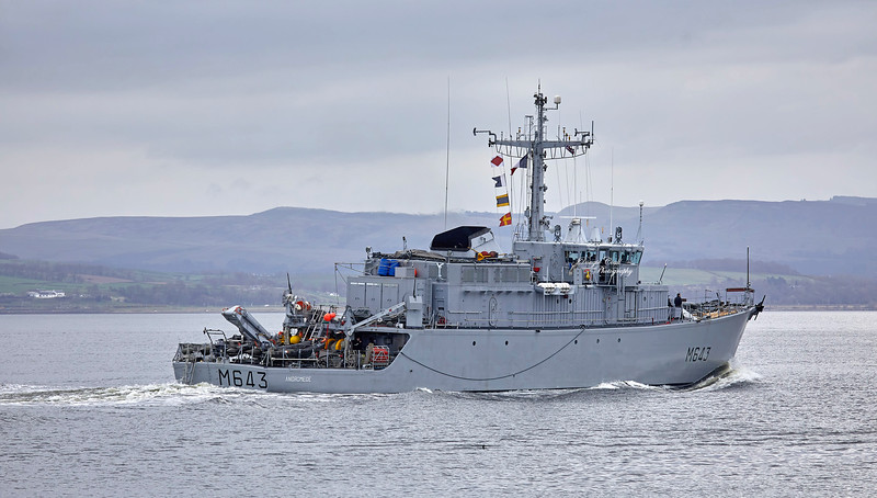 FS Adromede (M643) off Port Glasgow - 29 March 2019