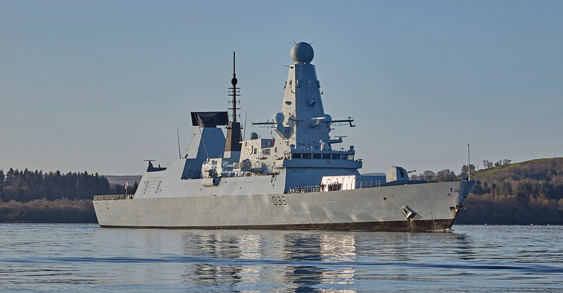 HMS Defender (D36) off Roseneath - 31 March 2019
