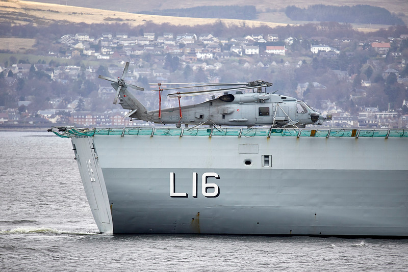 Sikorsky MH-60R Seahawk (N-976) aboard HDMS Absalon (L16)  off Greenock - 28 March 2019
