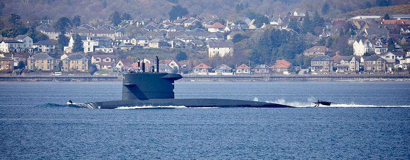 HNLMS Zeeleeuw (S803) passing Cloch Point - 19 April 2019