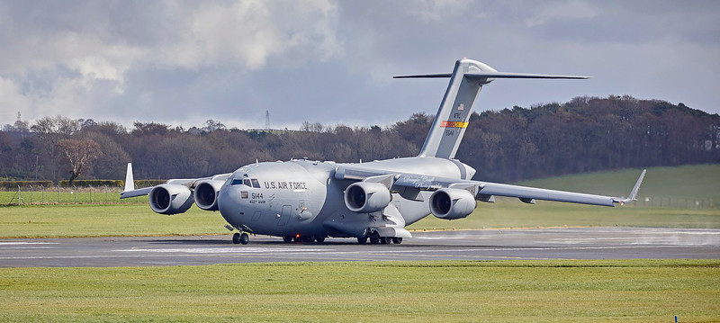 Boeing C-17A Globemaster III (05-5144) at Prestwick Airport - 2 April 2019