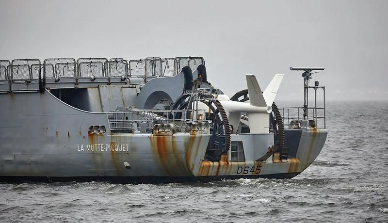 FS La Motte Picquet (D645) off Greenock - 6 October 2019