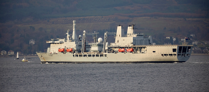 RFA Fort Victoria passing Cloch Point, Gourock - 14 December 2018