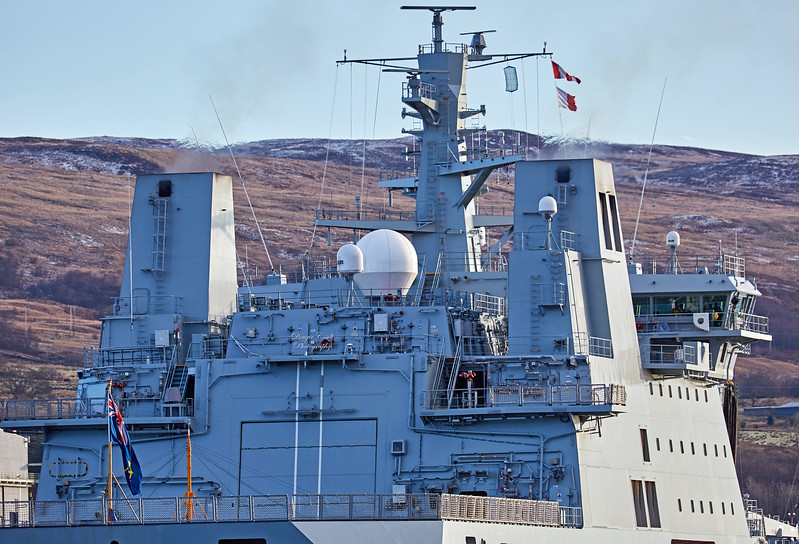 RFA Tidespring off Fuel and Oil Jetty - 11 December 2017