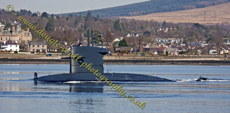 Dutch Submarine - Dolfijn (S808) - Arriving at Faslane