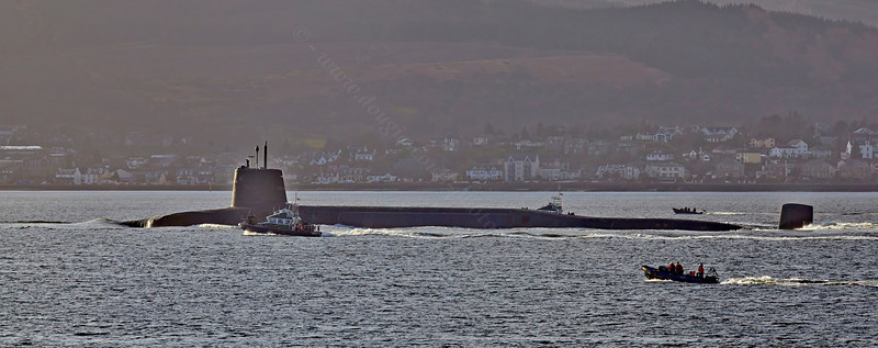 RN Submarine passing the Cloch - 25 March 2014