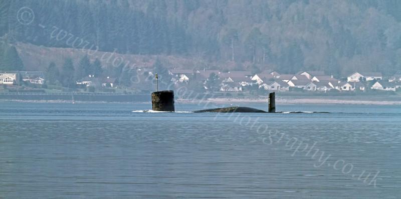 Trafalgar-Class Submarine Submerges - Loch Long - 26 March 2012