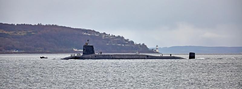 'HMS Vigilant' off Kilcreggan - 7 January 2016