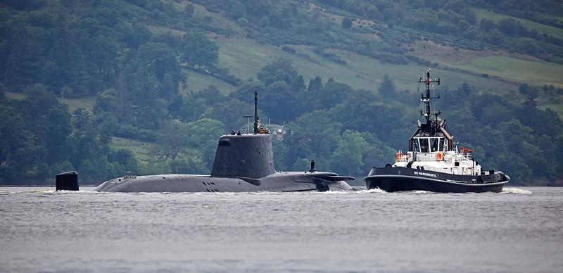 RN Astute Class off Rhu - 21 June 2017