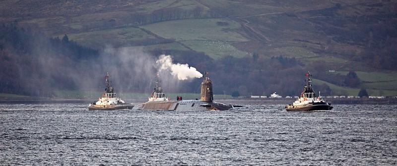 HMS Vigilant off Kilcreggan - 30 November 2017