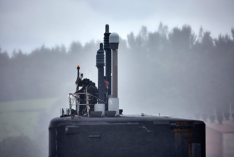 USN Submarine off Rhu - 26 July 2016