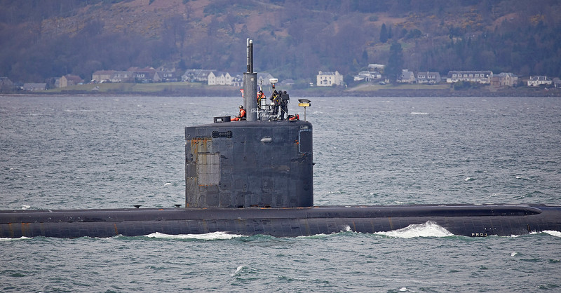 Los Angeles Class US Submarine off Cloch Point - 5 April 2019