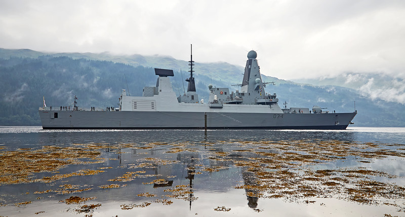 HMS Diamond (D34) off Glen Mallan - 20 July 2016