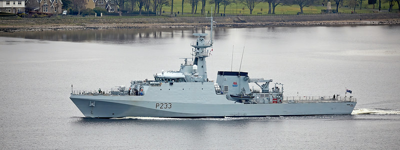 HMS Tamar (P233) passing Langbank - 27 March 2020