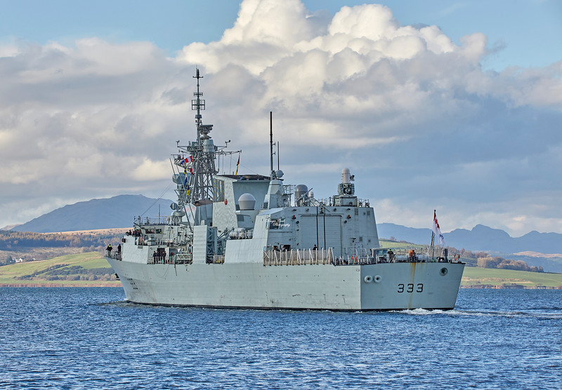 HMCS Toronto (FFH 333) off Greenock - 29 October 2018
