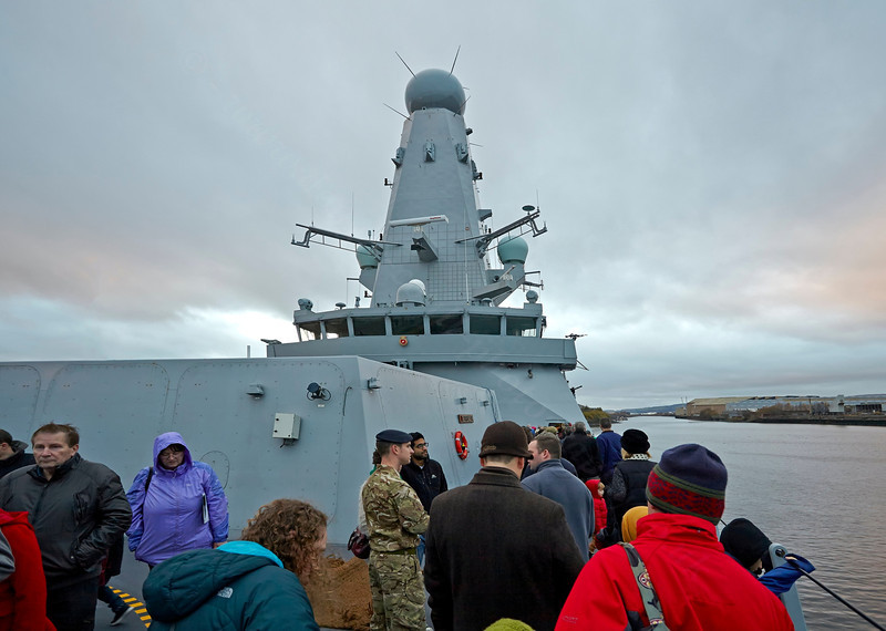 'HMS Defender' at  KGV Docks - 30 November 2013