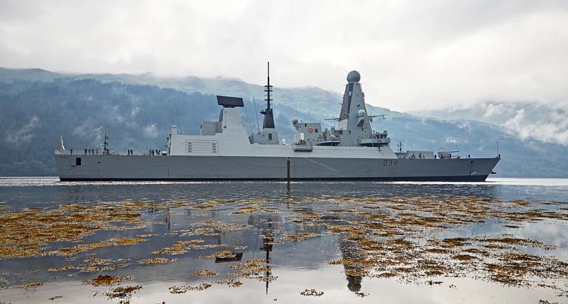 HMS Diamond (D34) off Glen Mallan - 20 July 2016