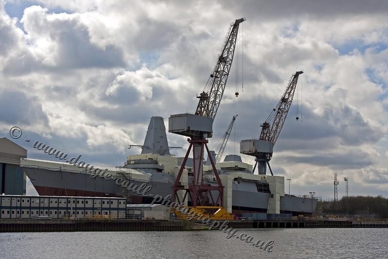 HMS Duncan - Govan Slip - 18 April 2010