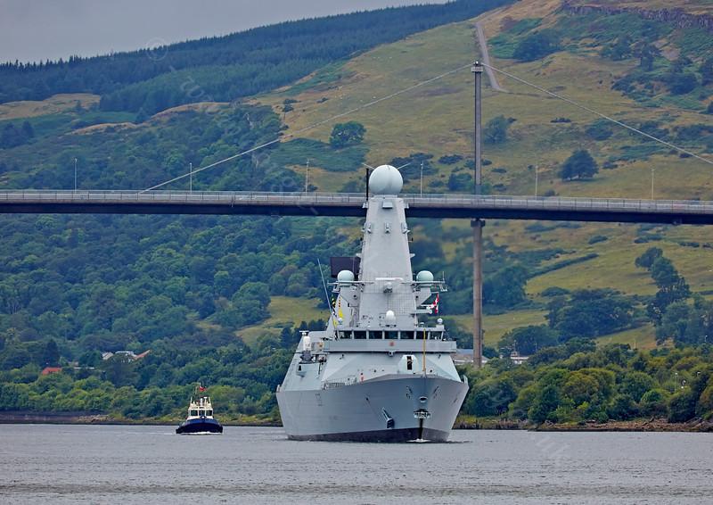 'HMS Duncan' at  Erskine - 30 July 2014