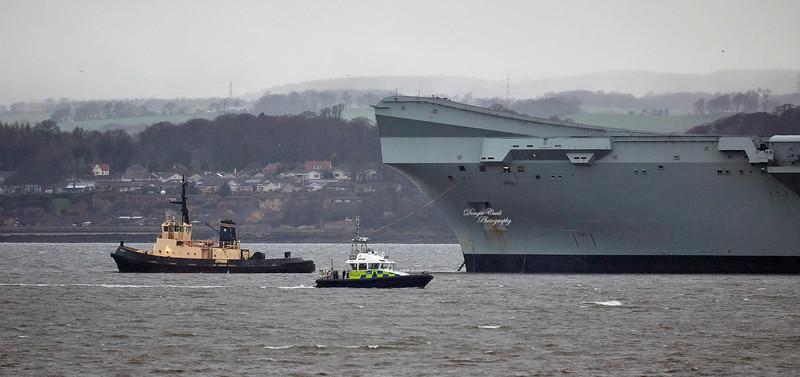 HMS Queen Elizabeth (R08) at Rosyth - 3 April 2019