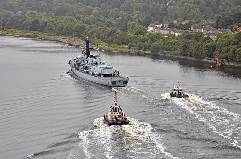 HMS Somerset (F82) passing Erskine Bridge - 28 September 2016