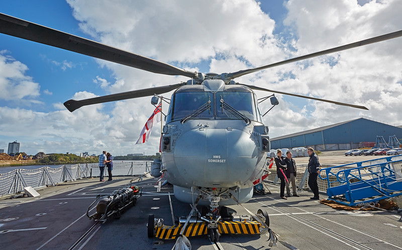 Merlin aboard the HMS Somerset (F82) at Shieldhall Quay - 25 September 2016