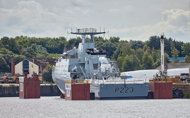 (HMS) Medway at King George V Docks - 23 August 2017