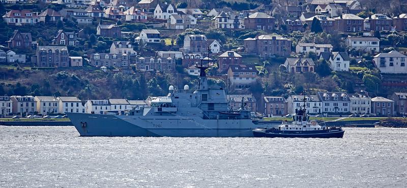 HMS Tyne (P281) off Kilcreggan - 5 April 2016