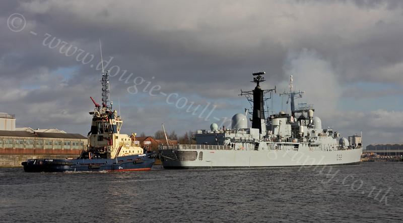 HMS Liverpool (D92) - Approaching KGV Docks - 24 February 2012