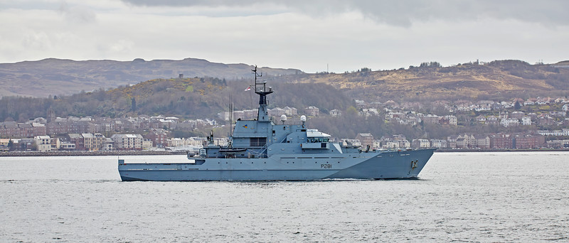 HMS Tyne (P281) off Kilcreggan off Kilcreggan - 19 April 2016