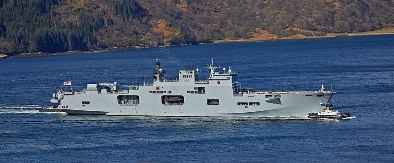 HMS Ocean bound for Glen Mallan - 25 April 2015