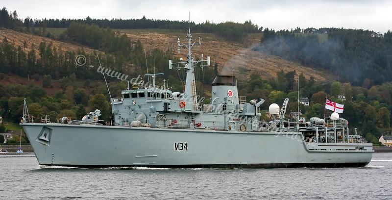 HMS Middleton - M34 - Leaving Faslane