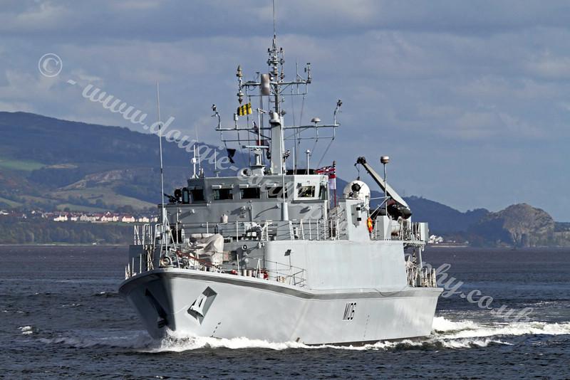 HMS Penzance - M106 - Minesweeper