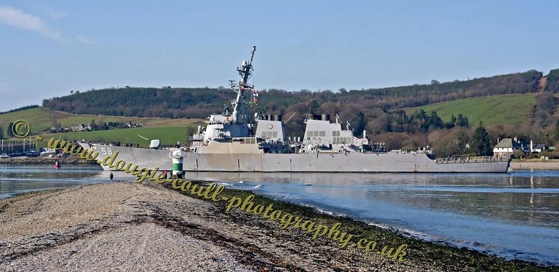 USS Laboon - DDG-58 Passing Rhu Narrows