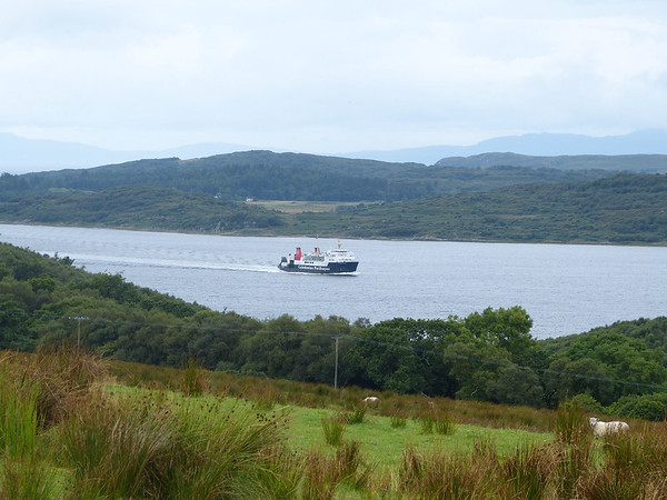 Caledonian MacBrayne - 'Hebridean Isles' 170731 West Loch Tarbert