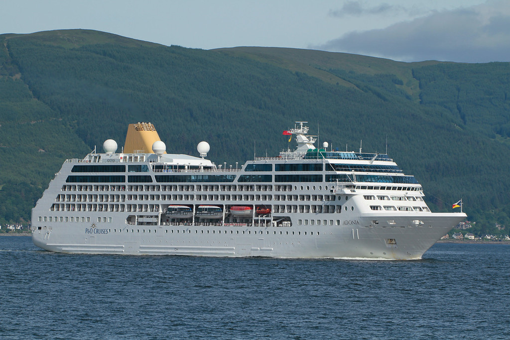 ADONIA, Flag: Bermuda, 30,277 GRT, River Clyde June 2014