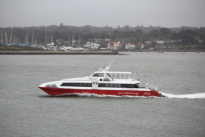 RED JET 5 IMO:8954415 209gt - Heading through the Solent towards Southampton 30.03.10