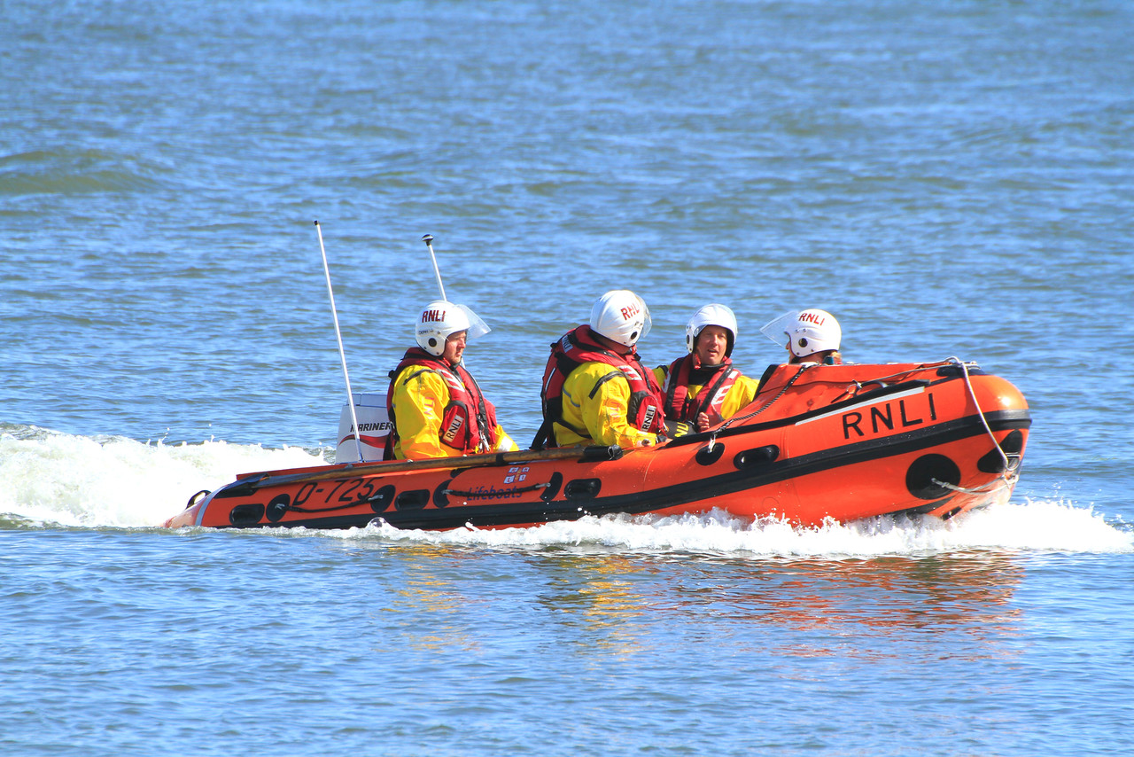 RNLB KENNETH R EASTER