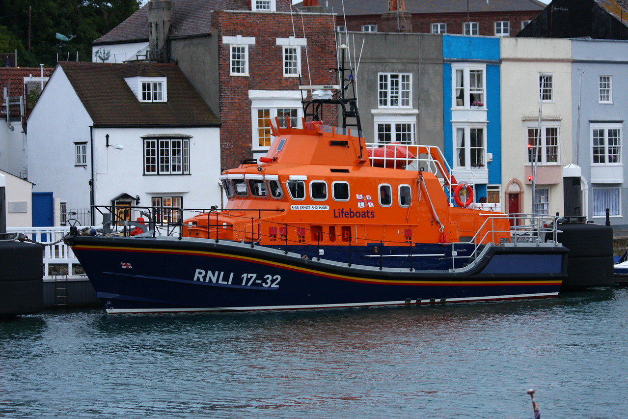 RNLB ERNEST AND MABEL