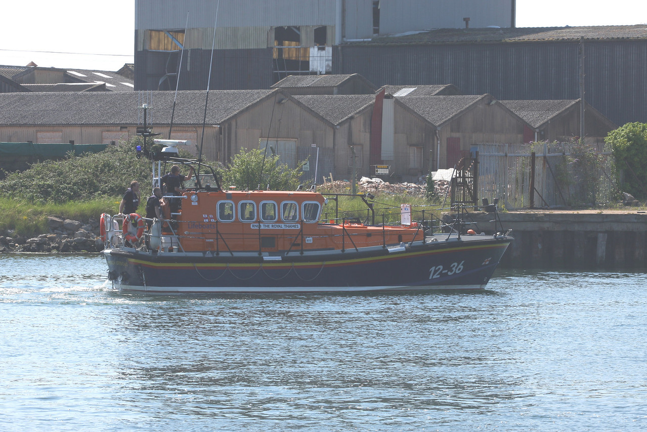 RNLB THE ROYAL THAMES