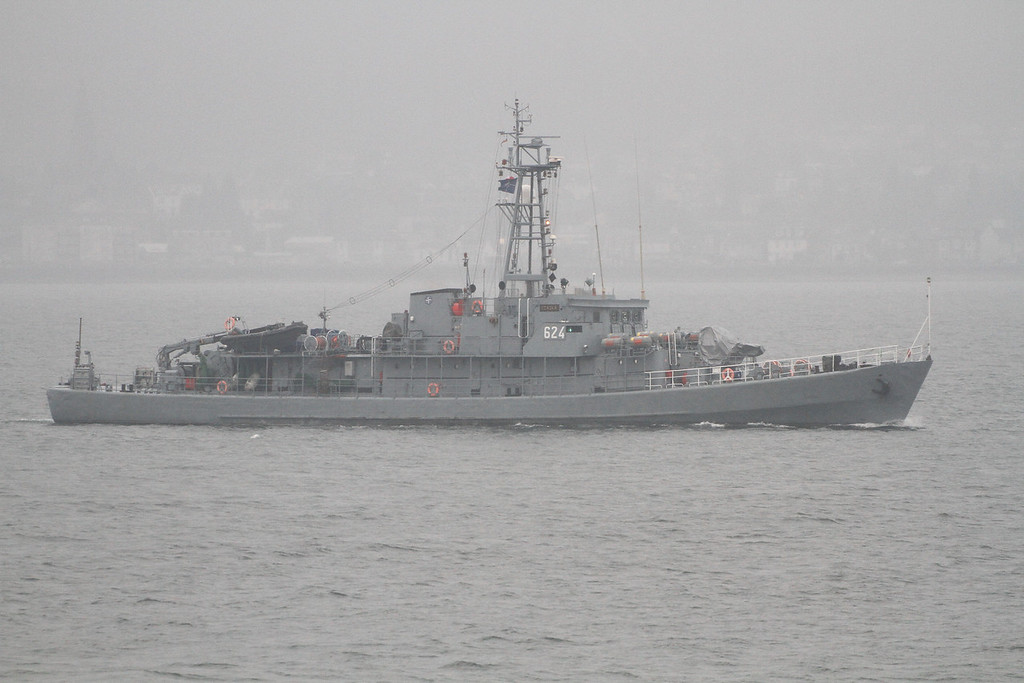 624 ORP CZAJKA, Poland, River Clyde April 2013